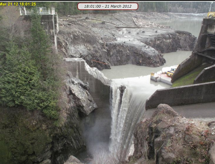 Today's Glines canyon Dam: 荒...